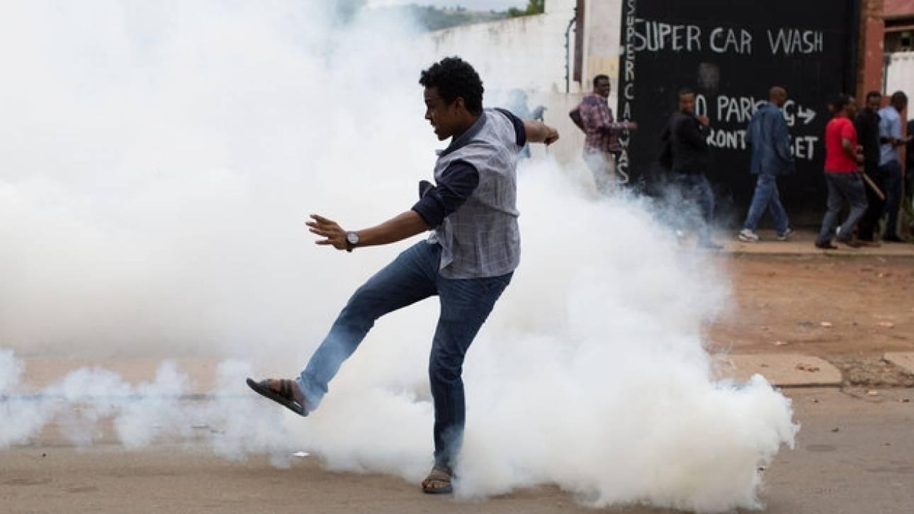 Ταραχές και λεηλασίες στο Γιοχάνεσμπουργκ από το κύμα ξενοφοβικής βίας