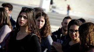 ΑΕΙ: Διπλασιάστηκαν οι αιώνιοι φοιτητές λόγω οικονομικής κρίσης