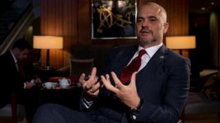 Ο Αλβανισμός οφείλει την ταυτότητά του στην οικουμενικότητα του Ελληνισμού