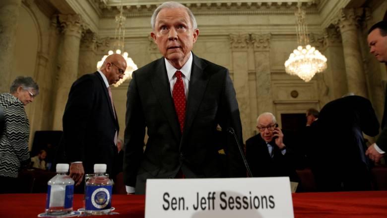 ΗΠΑ: Στο «φως» οι μυστικές επαφές του υπουργού Δικαιοσύνης με τον πρεσβευτή της Ρωσίας