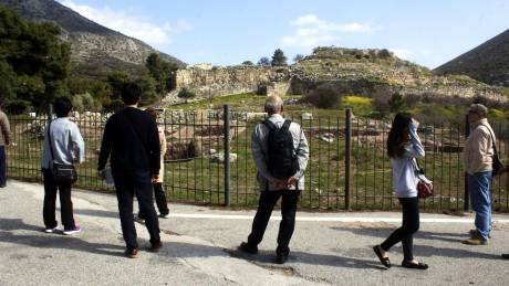 Τεράστια άνοδος στις κρατήσεις διακοπών για Ελλάδα από τους Γερμανούς