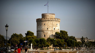 Οι Θεσσαλονικείς... τρολάρουν: Ζητούν ιπτάμενα πλοία και υπερυψωμένες στάσεις