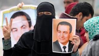 Αθώος ο Μουμπάρακ για τις φονικές εξεγέρσεις στην Αίγυπτο το 2011