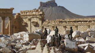 «Δικοί μας στρατιωτικοί σύμβουλοι σχεδίασαν την ανακατάληψη της Παλμύρας», λέει η Ρωσία