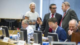 Το ΔΝΤ επιμένει σε ισχυρή και εμπροστοβαρή δέσμευση για το χρέος