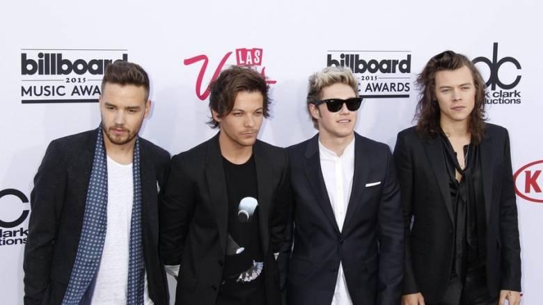 Χειροπέδες σε τραγουδιστή των One Direction για επεισόδιο με παπαράτσι