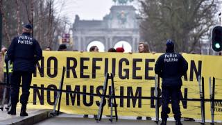 Εκατοντάδες διαδηλωτές στις Βρυξέλλες για τη μετεγκατάσταση προσφύγων από την Ελλάδα