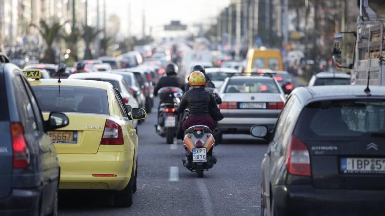 Μειωμένα πρόστιμα και κοινωνική εργασία: Τι αλλάζει στον Κώδικα Οδικής Κυκλοφορίας