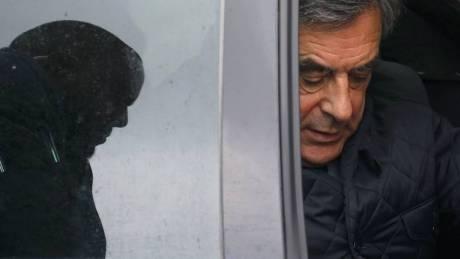 Ο Φιγιόν «ξέχασε» να δηλώσει ένα δάνειο 50.000 ευρώ