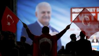 Μετά τη Γερμανία η Τουρκία τα «βάζει» και με τις ΗΠΑ