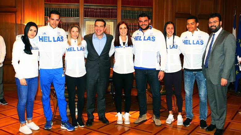 Η υποδοχή του Τσίπρα στους Έλληνες αθλητές του Βελιγραδίου και η ατάκα της Στεφανίδη (pics)
