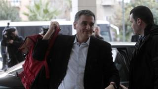 Χωρίς συμφωνία για τα μεσοπρόθεσμα μέτρα οδεύουν στο Eurogroup κυβέρνηση- θεσμοί