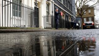 Ανοδικά αναθεώρησε το Λονδίνο την πρόβλεψή του για την ανάπτυξη το 2017