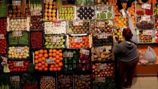 Η λίστα με τα πιο μολυσμένα προϊόντα που καταναλώνουμε καθημερινά