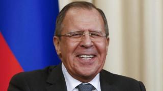 Λαβρόφ κατά CIA: Σε ευαίσθητες συζητήσεις δεν έπαιρνα μαζί το smartphone