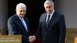 Κυπριακό: «Πιθανές εξελίξεις» συζήτησαν Μπιναλί Γιλντιρίμ και Μουσταφά Ακιντζί
