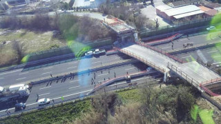 Ιταλία: Δύο νεκροί και δύο τραυματίες από κατάρρευση οδογέφυρας (pics)
