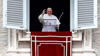 Πάπας Φραγκίσκος: Ανοιχτό το ενδεχόμενο χειροτονίας και παντρεμένων ιερέων