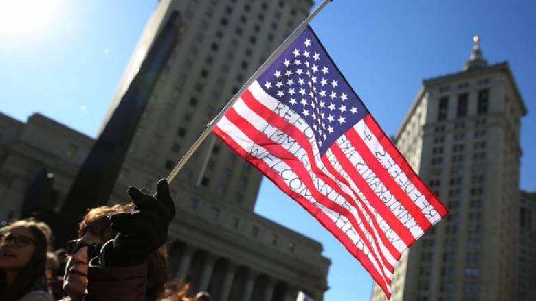 ΗΠΑ:Δικαστής απέρριψε αίτημα προσωρινής αναστολής του διατάγματος του Τραμπ