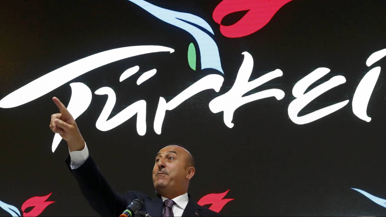 Ο Τούρκος ΥΠΕΞ αγνοεί τις προειδοποιήσεις των Ολλανδών