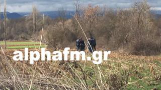 Καρέ καρέ οι έρευνες της αστυνομίας στο σημείο που βρέθηκε νεκρός ο οδηγός ταξί (pics&vid)
