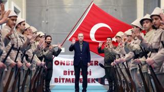 Απασφάλισε ο Ερντογάν κατά της Ολλανδίας: «Απομεινάρια των Ναζί και φασίστες»