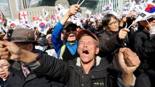 Χάος στη Νότια Κορέα μετά την καθαίρεση της προέδρου - Τρεις νεκροί διαδηλωτές