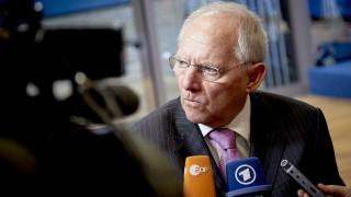 «Nein» του Σόιμπλε για μεγάλες φορολογικές μειώσεις ακόμα και στη Γερμανία