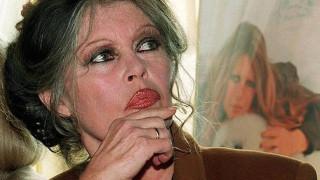 Η Μπριζίτ Μπαρντό στηρίζει Μαρίν Λε Πεν