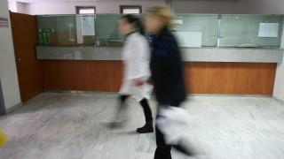 Στο «κόκκινο» το ΠΕΔΥ: τεράστιες ελλείψεις σε γιατρούς-υπολειτουργούν τα εργαστήρια