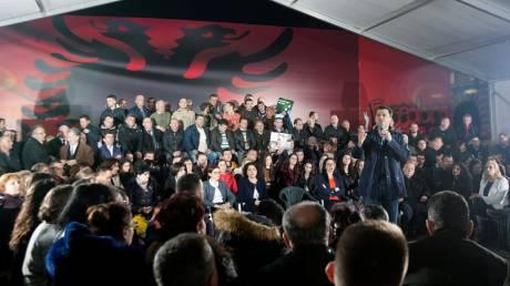 Το επικίνδυνο παιχνίδι της εξουσίας στην Αλβανία