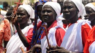 Οι εργαζόμενοι σε οργανώσεις αρωγής πληρώνουν παράβολο 10.000 ευρώ στο Ν. Σουδάν