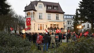 Γερμανικό κρατίδιο απαγόρευσε τις προεκλογικές εμφανίσεις ξένων δείχνοντας... Τουρκία