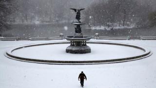 Χιονοθύελλες πλήττουν τις Ηνωμένες Πολιτείες (pics&vids)