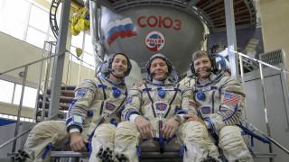 Η Ρωσία ψάχνει νέους αστροναύτες για τη Σελήνη