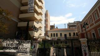 Κατάληψη «Ρουβίκωνα» στην κοσμητεία της Νομικής
