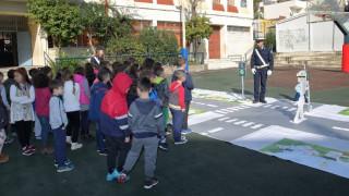 Μαθήματα κυκλοφοριακής αγωγής στα σχολεία από την ΕΛ.ΑΣ. (pics&vid)