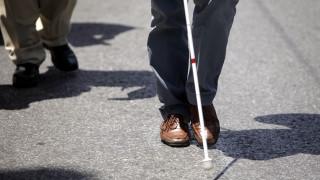 Συγκέντρωση διαμαρτυρίας τυφλών και πορεία προς το Μέγαρο Μαξίμου