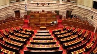 Τροπολογία ανοίγει το δρόμο για πωλήσεις και διαγραφές τραπεζικών δανείων