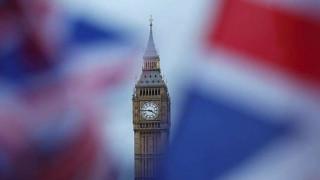 Βρετανία: Διερευνούν την εξαγορά του ομίλου Sky από την Fox