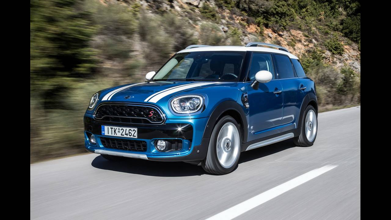 https://cdn.cnngreece.gr/media/news/2017/03/16/72221/photos/snapshot/MINI-COUNTRYMAN-2017-18.jpg