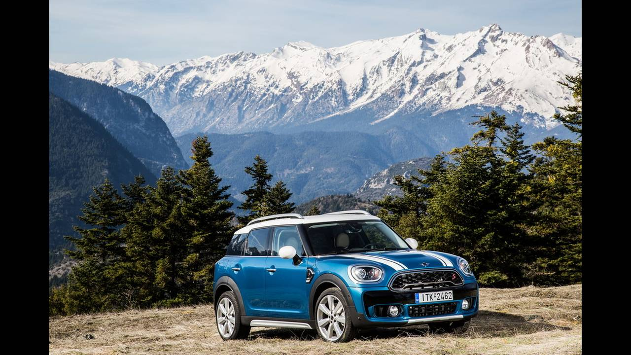 https://cdn.cnngreece.gr/media/news/2017/03/16/72221/photos/snapshot/MINI-COUNTRYMAN-2017-8.jpg