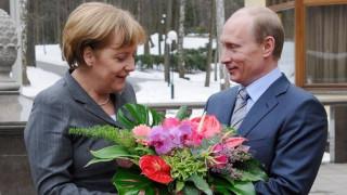Στις 2 Μαΐου η συνάντηση Πούτιν - Μέρκελ