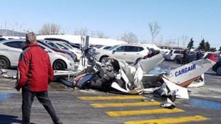 Δύο αεροσκάφη συγκρούστηκαν στον αέρα στο Μόντρεαλ (pic&vid)