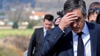 Δικηγόρος παραδέχθηκε ότι προσέφερε δώρο ακριβά κοστούμια στον Φρανσουά Φιγιόν