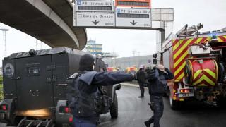 Αεροδρόμιο Ορλί: Αυτός είναι ο δράστης της επίθεσης (pics)