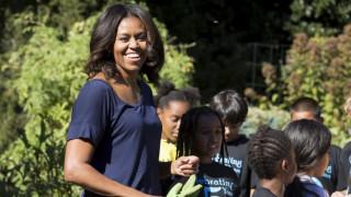 Η εμφάνιση-έκπληξη της Μισέλ Ομπάμα στο «Μάστερ σεφ Τζούνιορ» (pics&vids)