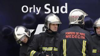 Αεροδρόμιο Ορλί: Επαναλειτουργούν οι τερματικοί σταθμοί μετά την επίθεση (pics)