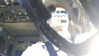 Πιλότος βιντεοσκοπεί τον εαυτό του ενώ προσγειώνει ένα Boeing 737 εν μέσω ισχυρών ανέμων (Vid)