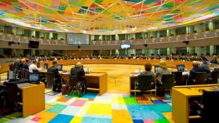 Eurogroup: Απόπειρα «πολιτικής διαπραγμάτευσης» για ασφαλιστικό και εργασιακά